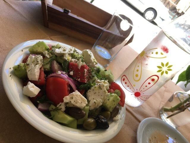 Görög saláta Krétán
