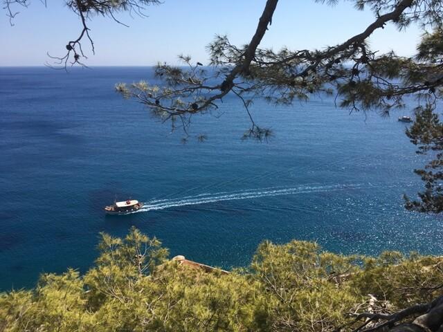Hajóval Spinalongára