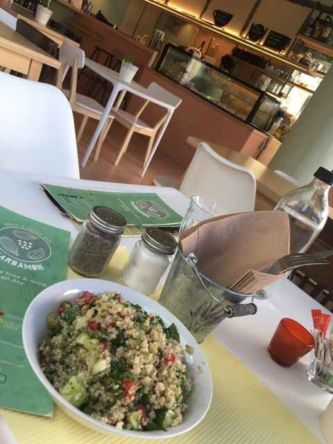 Quinoa saláta Agios Nikolaos