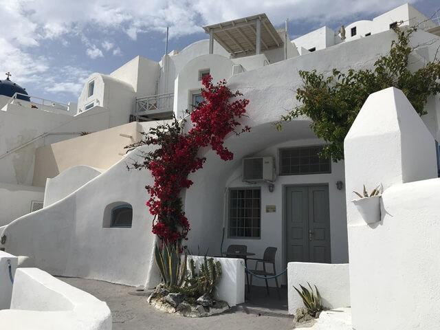 Virágos házak Santorini
