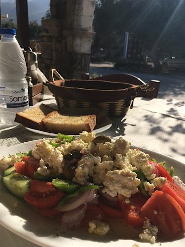 Krétai saláta