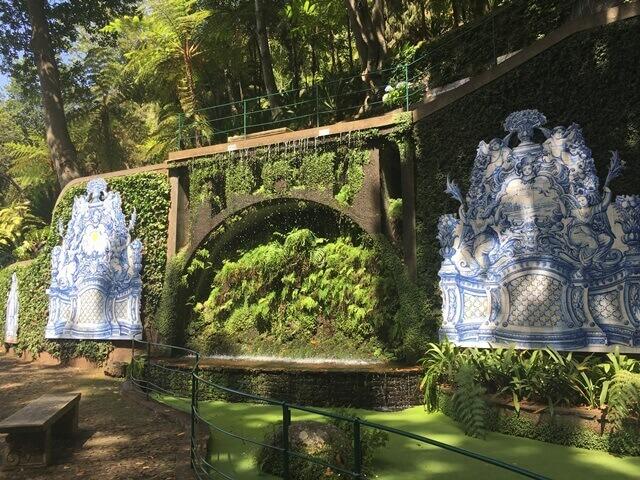 Azulejo Tropical Garden