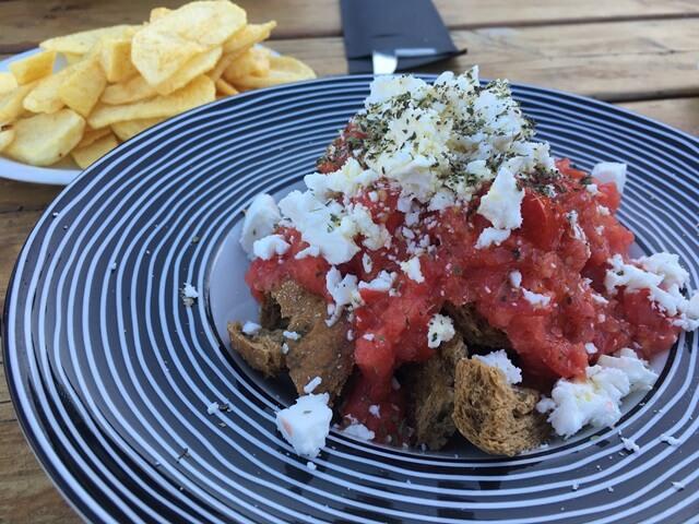 Dakos görög étel